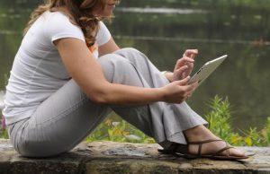 El iPad está llamado a leerse en situaciones de tranquilidad y relajo. Imagen de USAToday.